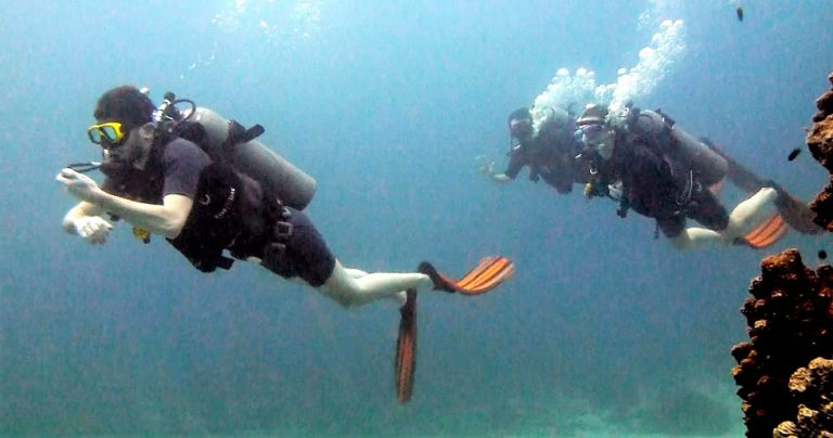 Diving in Currents, Some Useful Tips